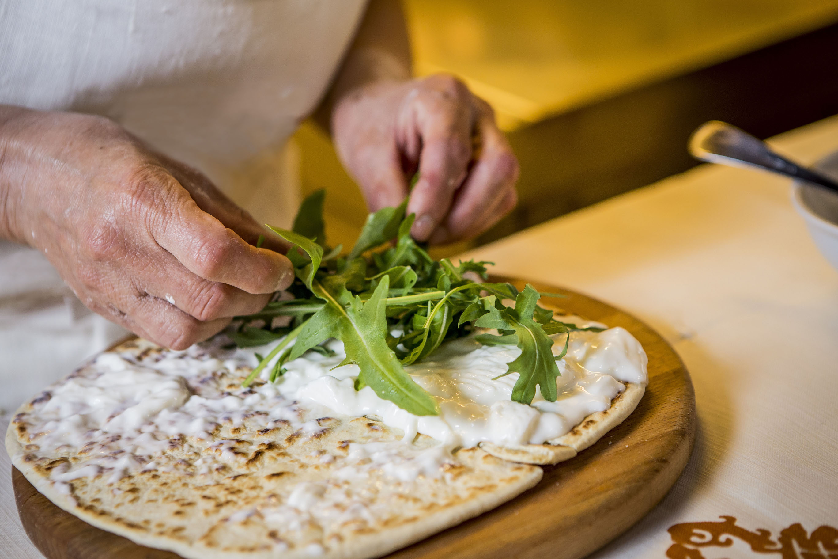 Piadina Romagnola Igp with squacquerone and rocket salad