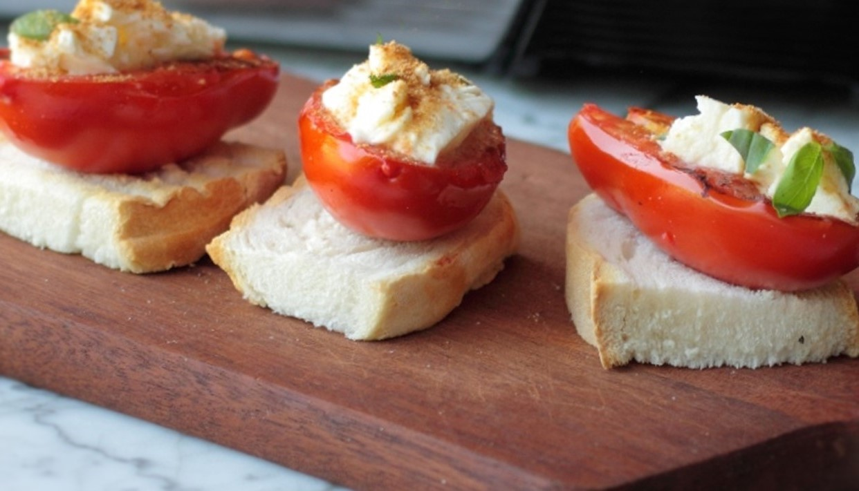 Grilled tomatoes with buffalo mozzarella and tuna roe