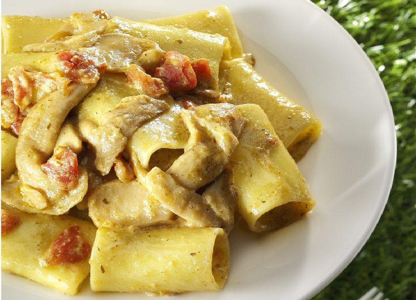Paccheri with Porcini, Pesto and diced Tomatoes